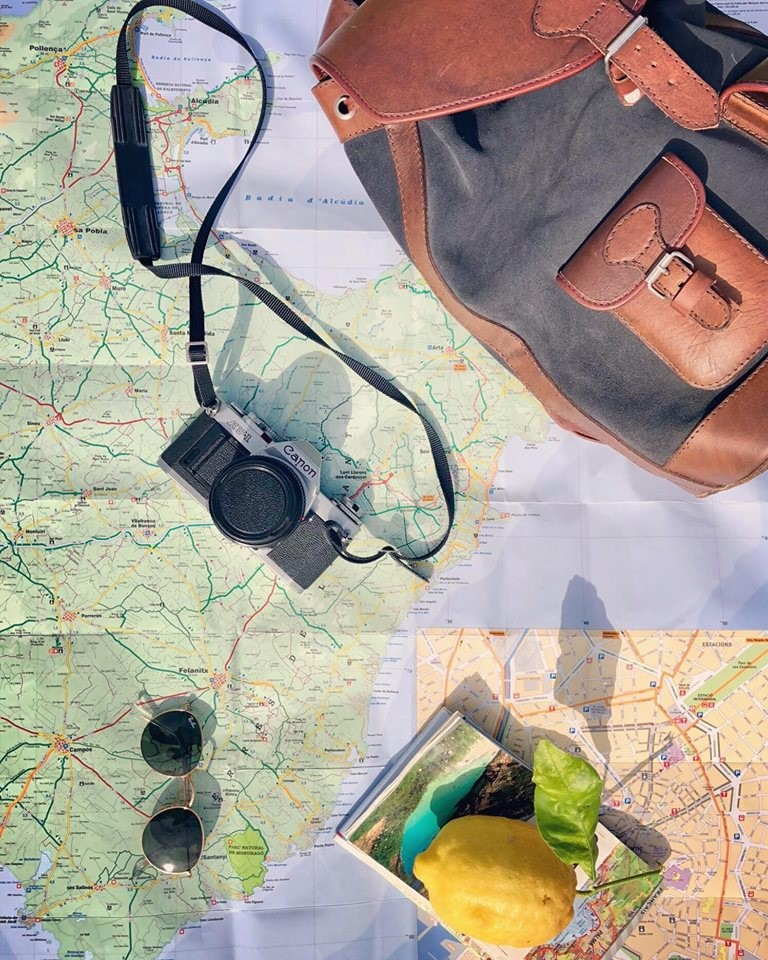 pachamama sac à dos gabi anthracite gris carte voyage carnet de bord cuir