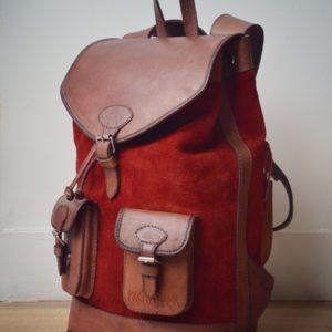 sac à dos pachamama bolivie nubuck rouge carmin