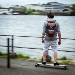skate joe gris pachamama nantes urbain transport tendance ville fonctionnel cuir