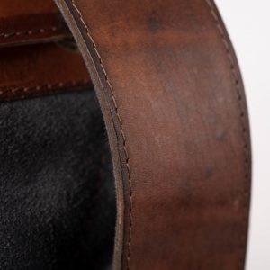 pachamama - bretelle cuir qualité finitions premium détails couture cuir vache