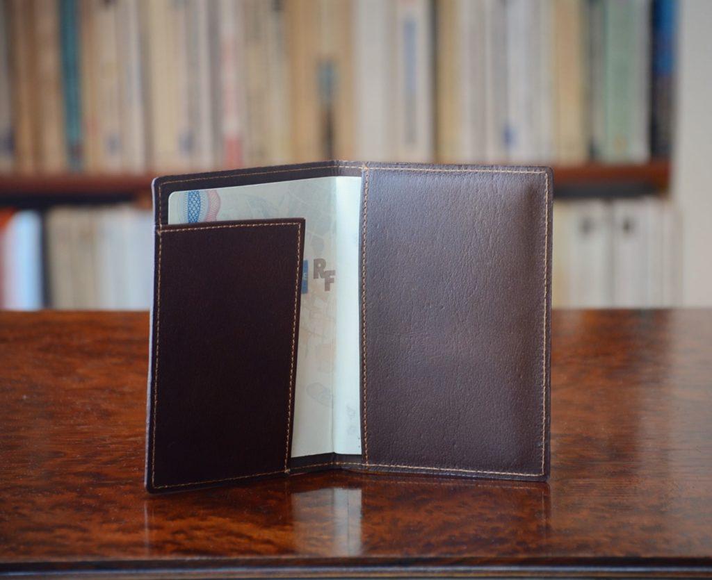 porte passeport homme