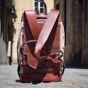 sac à dos vintage en cuir sable