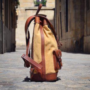 sac à dos moutarde pachamma