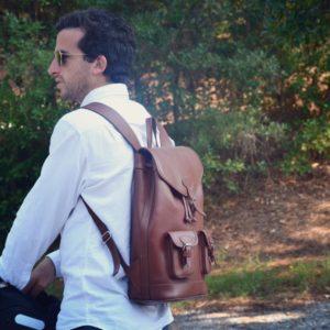 sac à dos en cuir marron homme